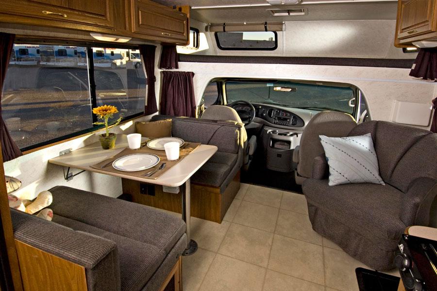 camping car c25 cruise americanada. Black Bedroom Furniture Sets. Home Design Ideas